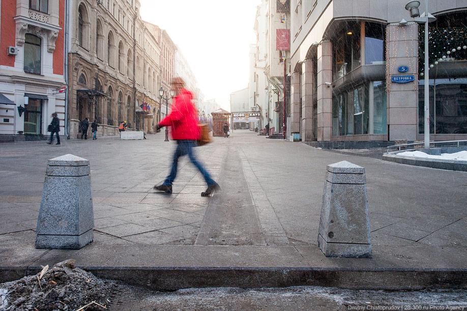 Критикуем новую плитку в центре Москвы