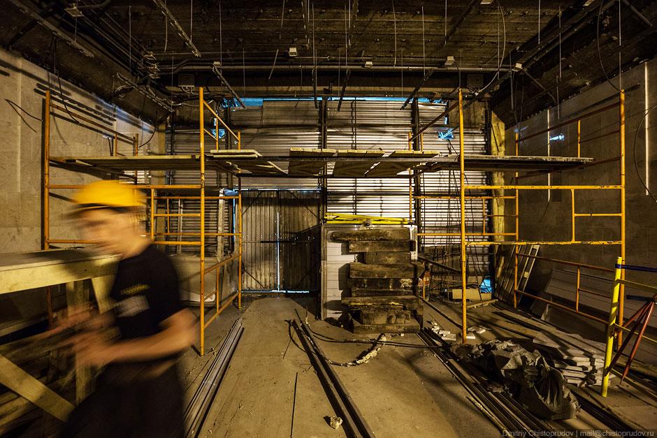 В дневное время доступ на станцию «Спартак» закрыт даже строителям