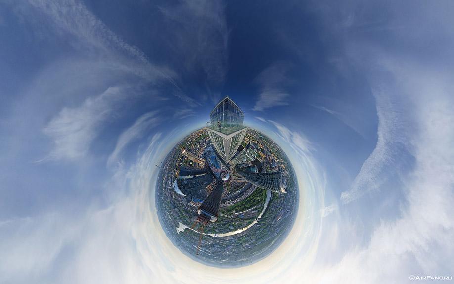 http://images.chistoprudov.ru/lj/roofs/gorod_stolits_airpano/07.jpg