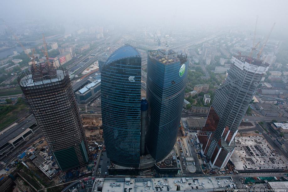 http://images.chistoprudov.ru/lj/roofs/gorod_stolits_daybreak/16.jpg