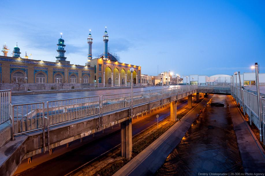 05 Иран. Город Кум и дорога в Исфахан, Иранские правила дорожного движения