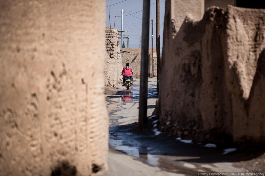 30 Иран. Город Кум и дорога в Исфахан, Иранские правила дорожного движения