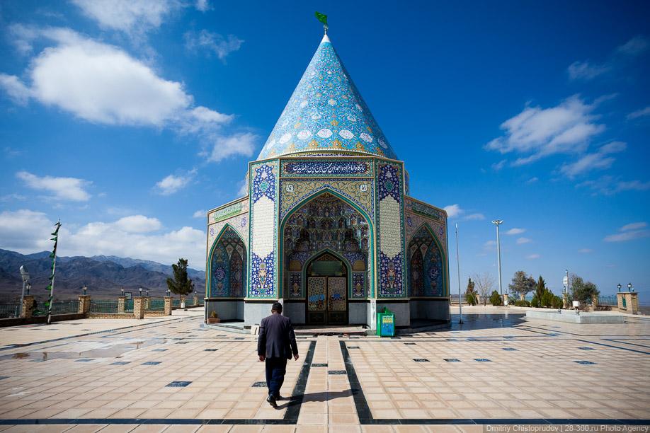 39 Иран. Город Кум и дорога в Исфахан, Иранские правила дорожного движения