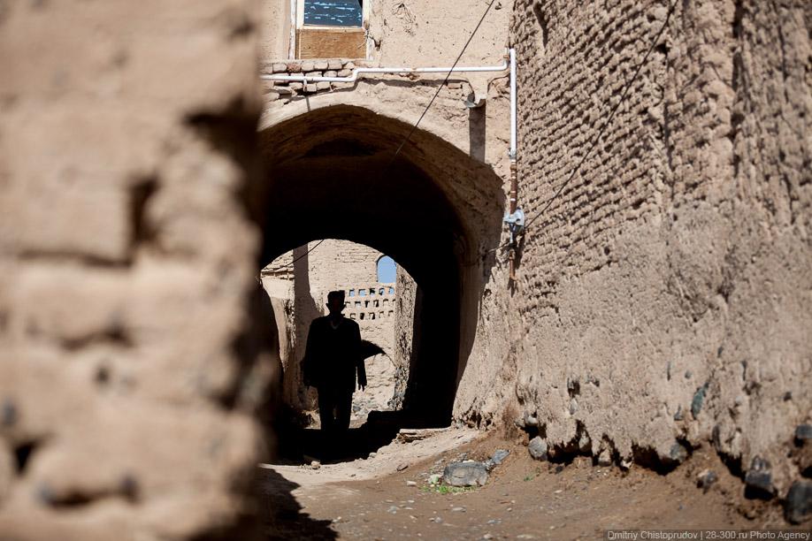 43 Иран. Город Кум и дорога в Исфахан, Иранские правила дорожного движения
