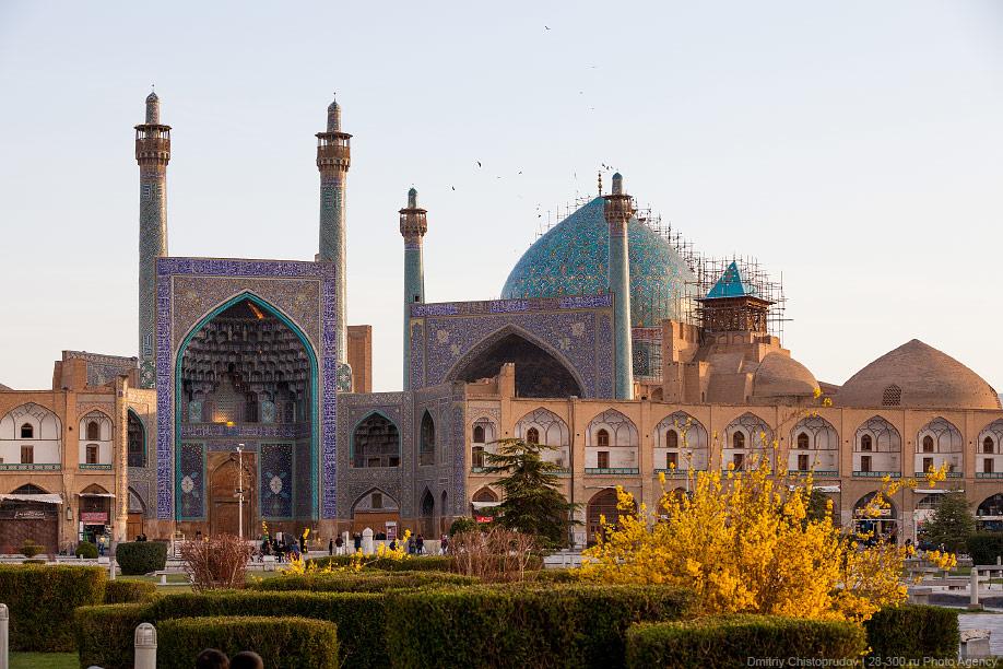 09 Иран. Город Кум и дорога в Исфахан, Иранские правила дорожного движения