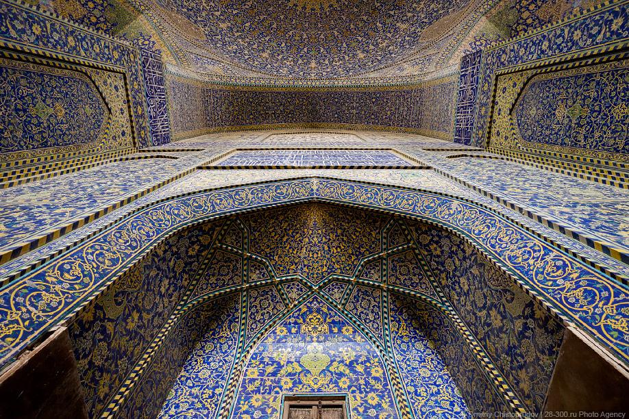 18 Иран. Город Кум и дорога в Исфахан, Иранские правила дорожного движения