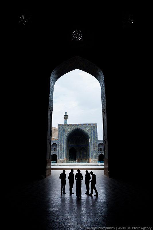 19 Иран. Город Кум и дорога в Исфахан, Иранские правила дорожного движения