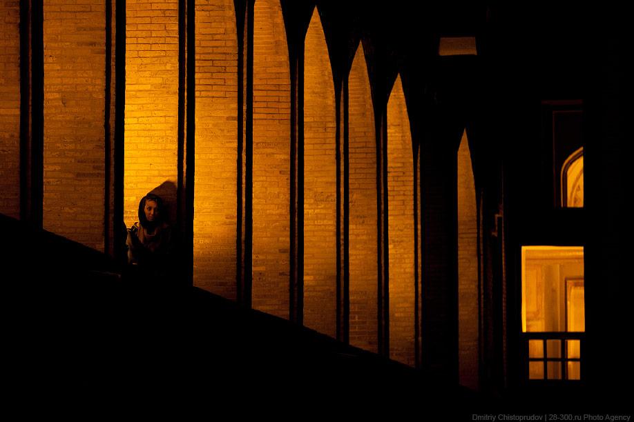34 Иран. Город Кум и дорога в Исфахан, Иранские правила дорожного движения