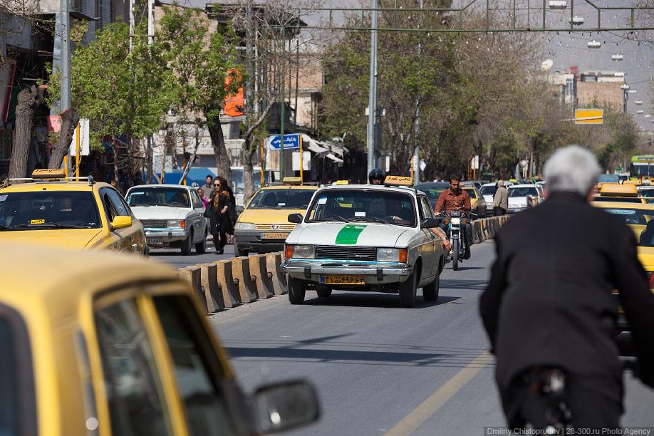 01 Иран. Город Кум и дорога в Исфахан, Иранские правила дорожного движения