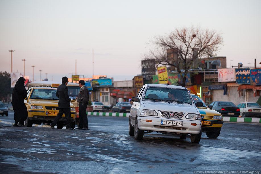 10 Иран. Город Кум и дорога в Исфахан, Иранские правила дорожного движения