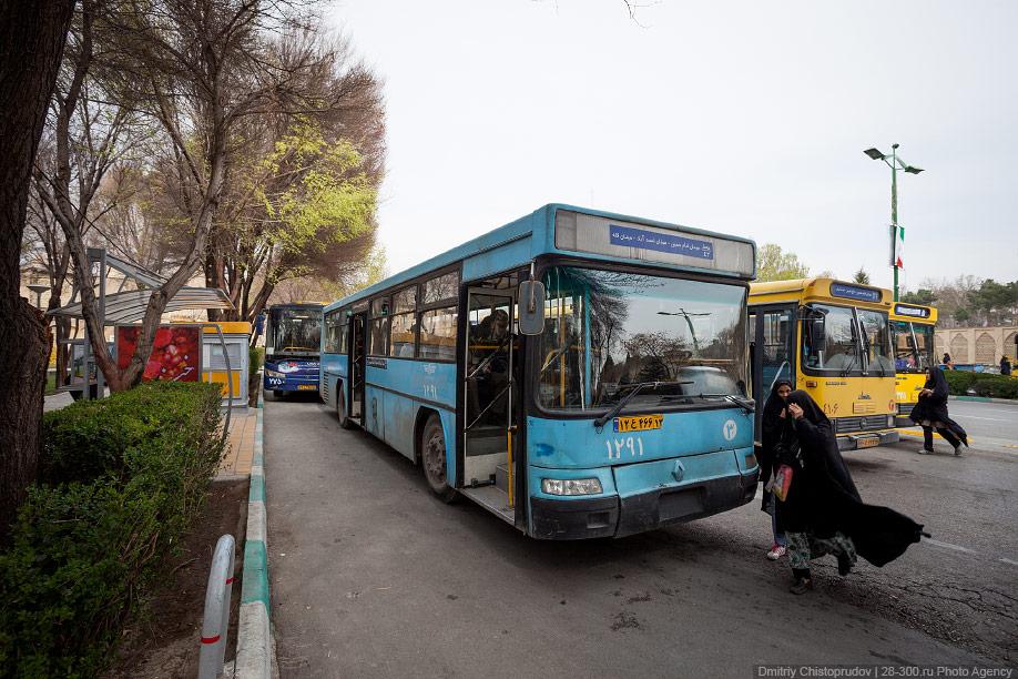 14 Иран. Город Кум и дорога в Исфахан, Иранские правила дорожного движения