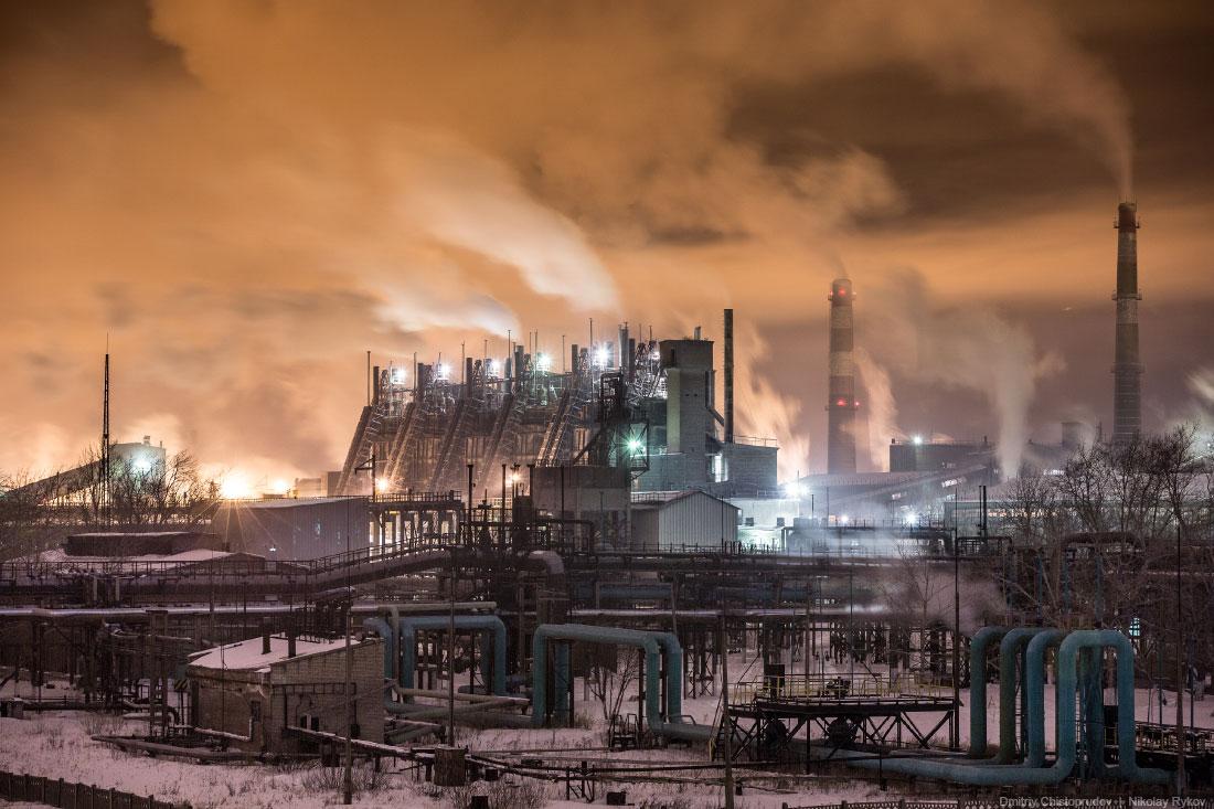 Картинки по запросу челябинский металлургический комбинат